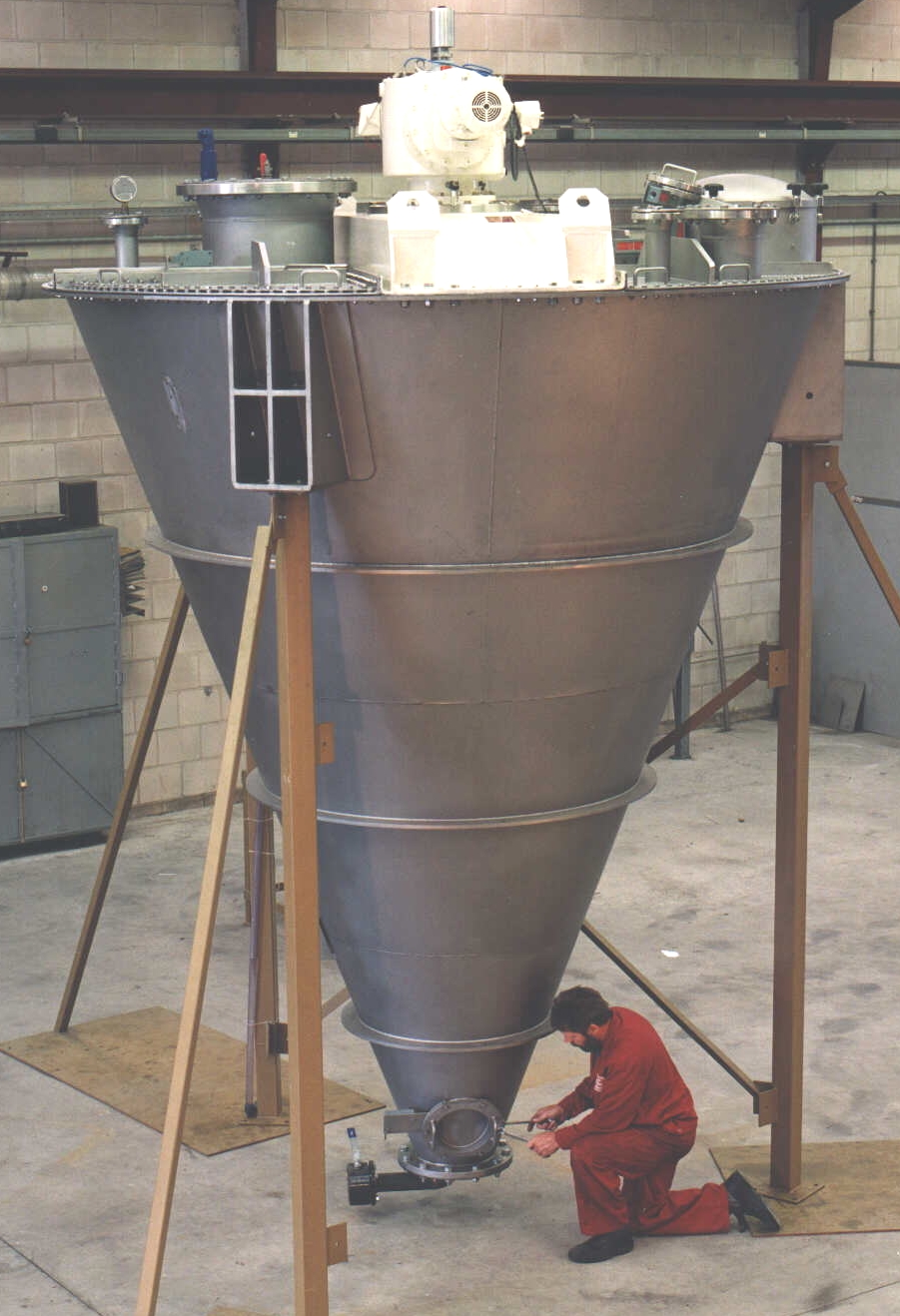 Conical Screw Blenders Jaygo Incorporated